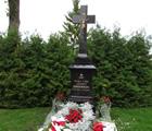grób ks. prałata Józefa Obrembskiego (Honorowego Obywatela Miasta Siedlce)  w Mejszagole na Litwie